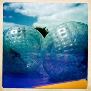 jumpingballs5